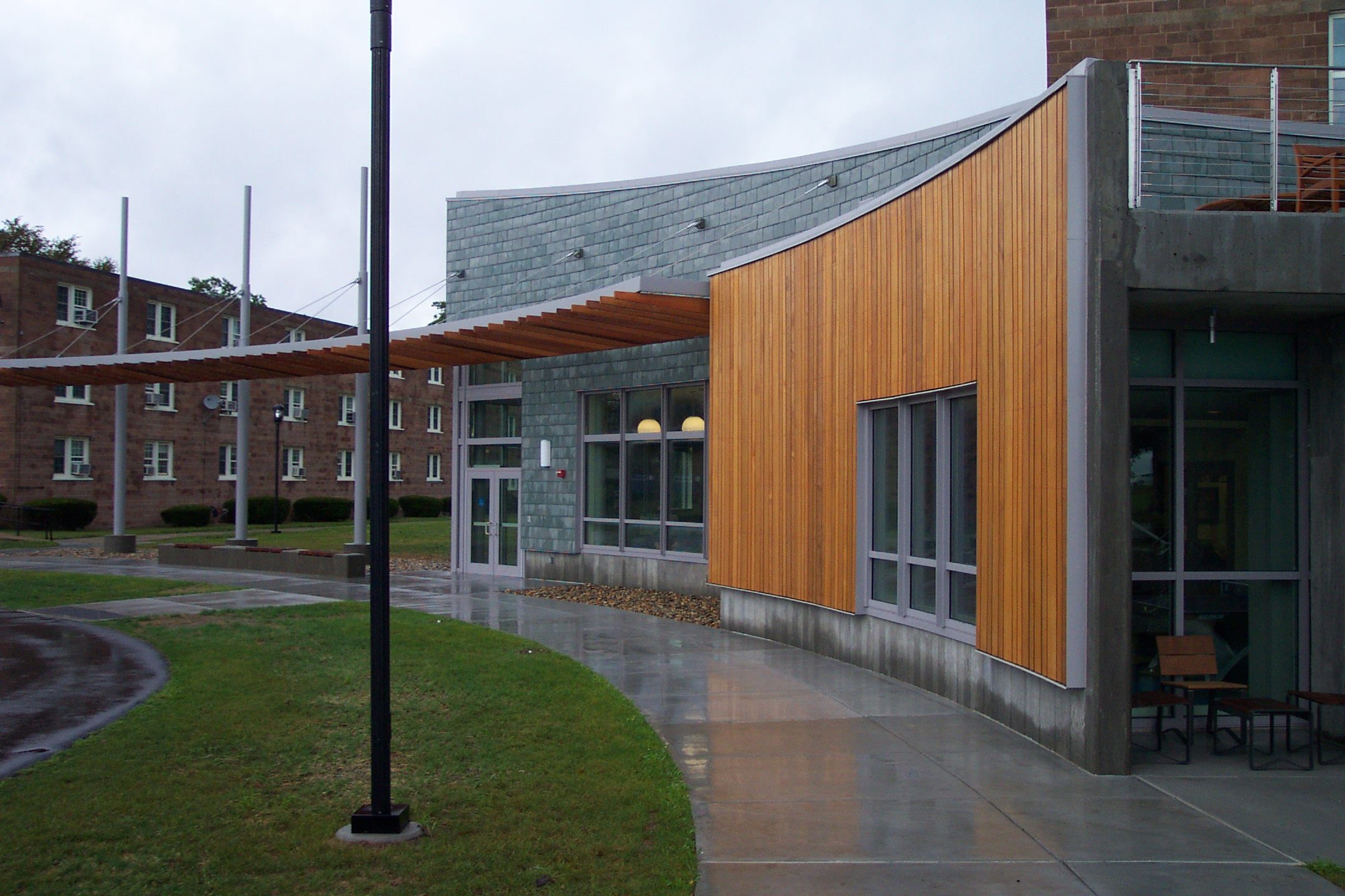 An exterior view of the Avery Point Student Center
